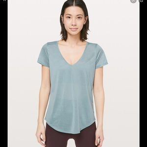 Lululemon NWT $54 All Love Tee Sz 8